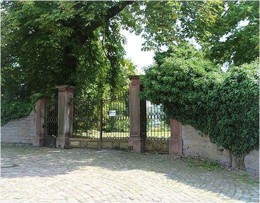 Tor Neue Schloss Baden-Baden